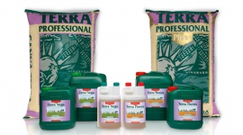 CANNA TERRA nutrients and potting mixes
